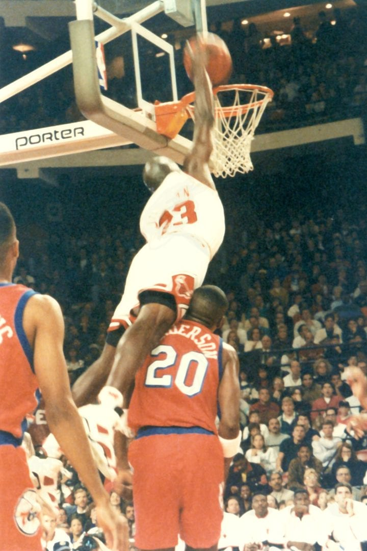 MJ dunking over Ron Anderson