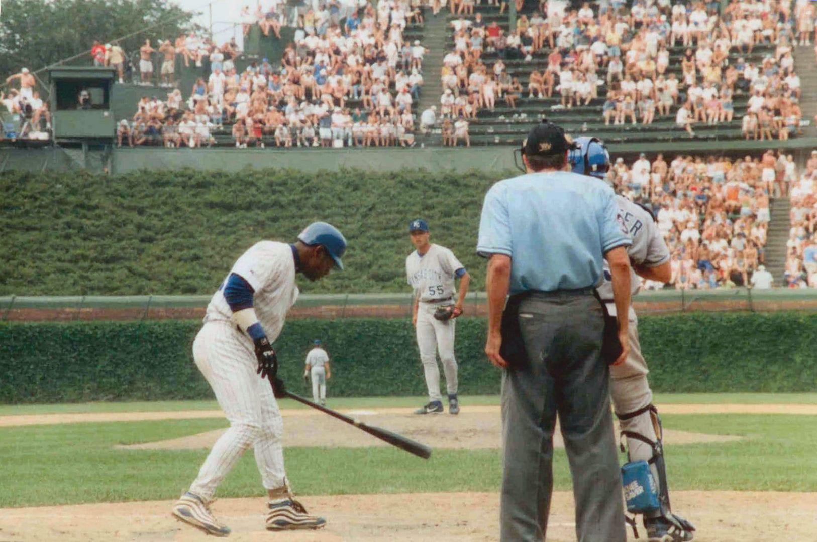 Sammy Sosa holding the bat
