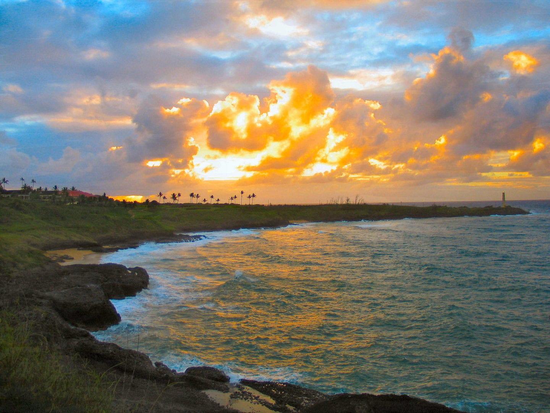 A view of the lagoon of Kauai at sunrise