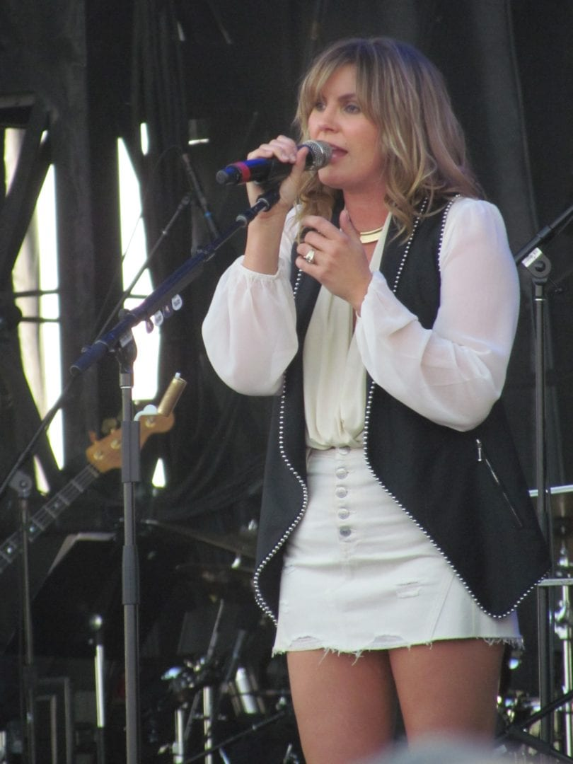 Grace Potter singing her song