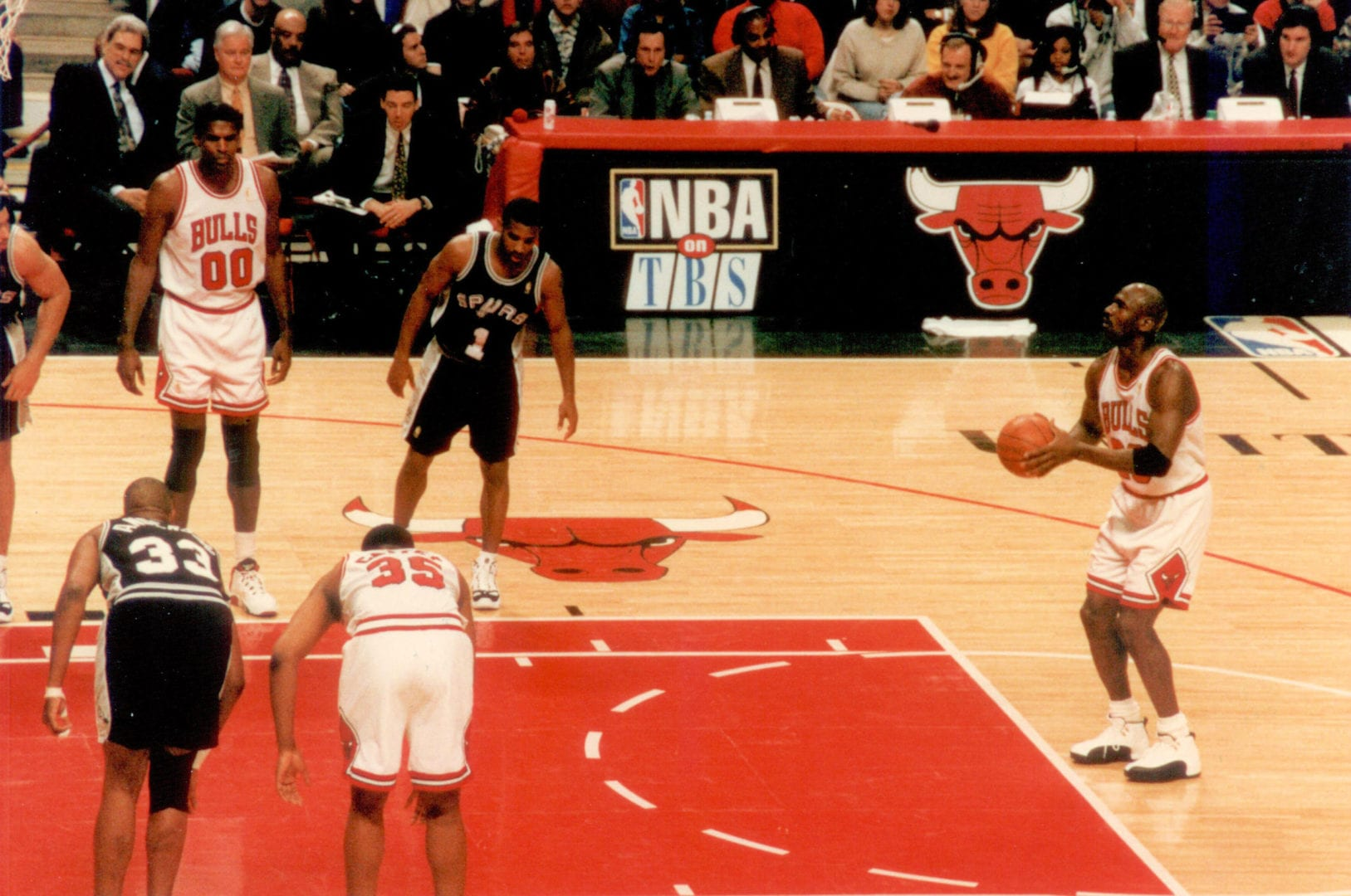 MJ giving his free throw