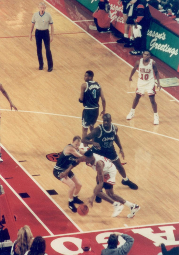 Pippen moving past defenses