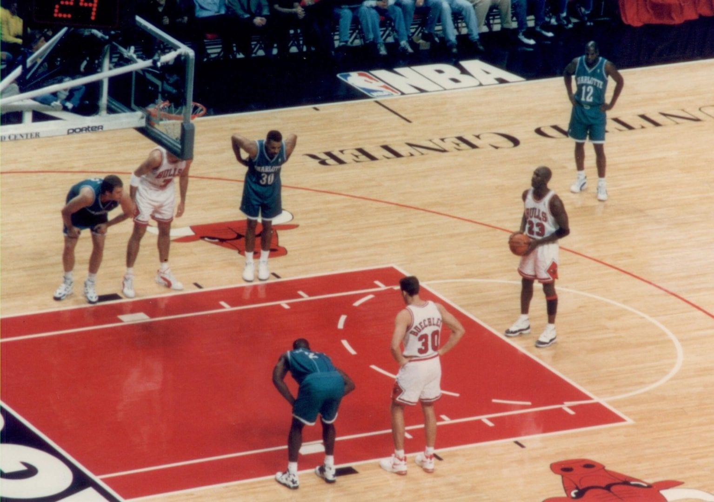 MJ doing a free throw